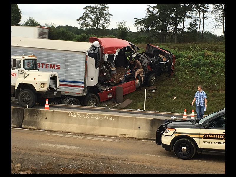 Tractor Trailer Rings : Separate wrecks involved tractor trailer rigs in